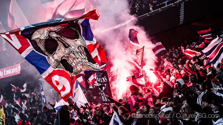 Le PSG convoqué — Fumigènes-banderole