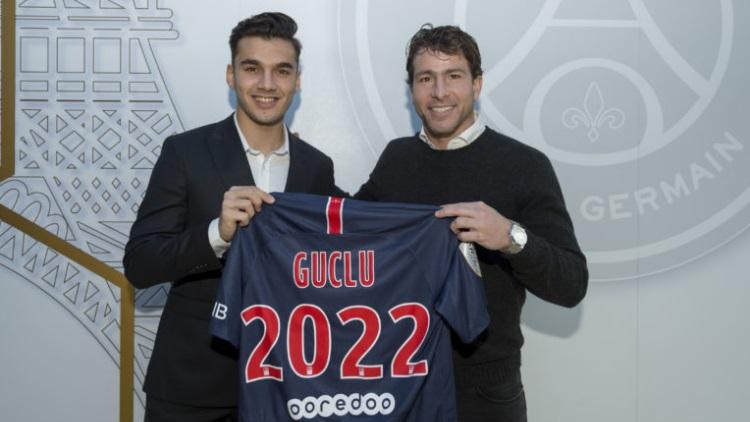 OFFICIEL - Le jeune Metehan Güçlü passe professionnel au PSG