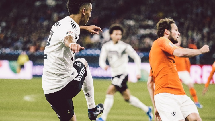 L'Allemagne s'impose contre les Pays-Bas dans un match fou (2-3)