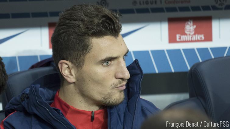 Meunier pouvait partir à Chelsea, il préfère défier Daniel Alves — PSG
