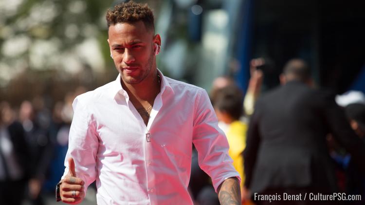 Neymar rentre au Brésil (off.) — Paris SG
