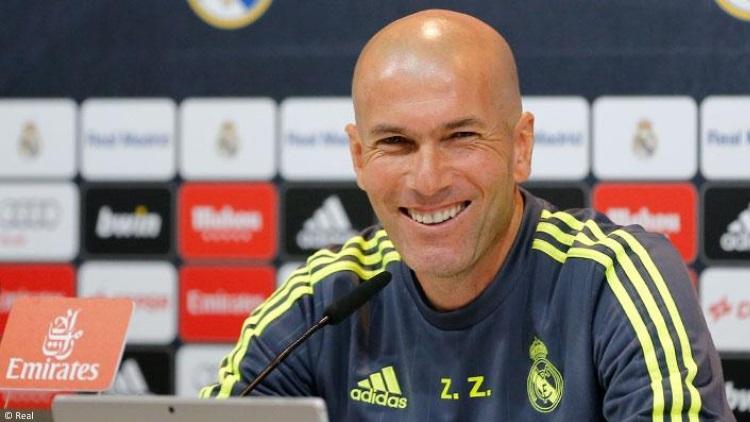 Zidane convoque un groupe de 19 joueurs pour PSG/Real Madrid